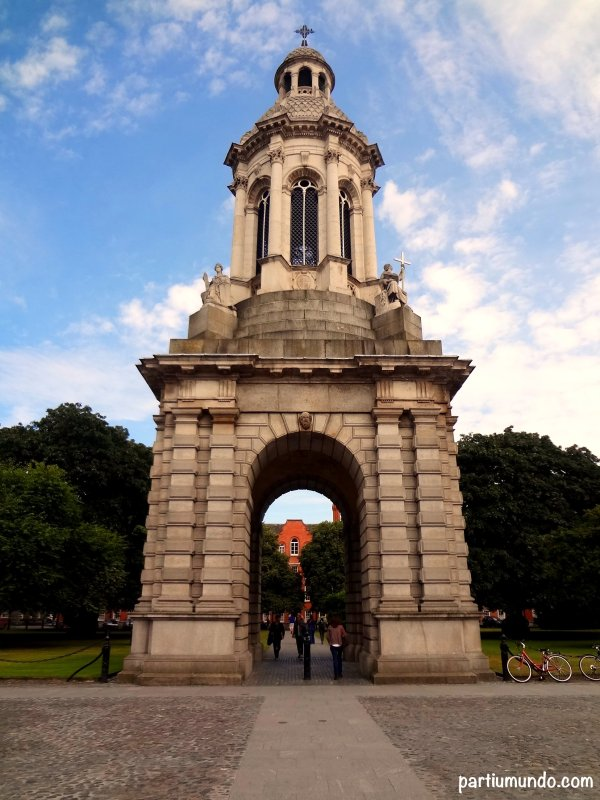 A Trinity College 2