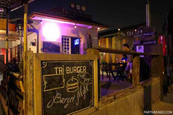 tri burger 3